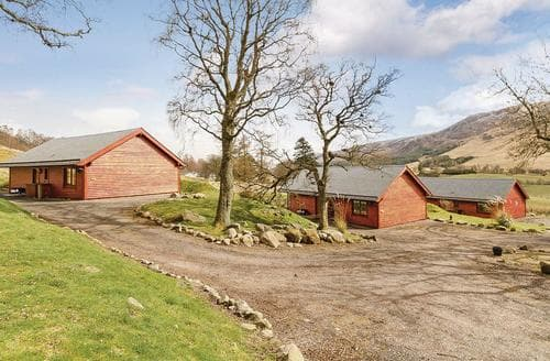 Last Minute Cottages - Gorgeous Nr Kirriemuir Lodge S110871