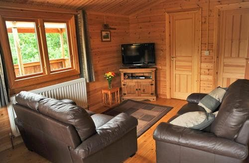 Last Minute Cottages - Exquisite Brecon Beacons National Park Lodge S110934