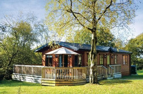 Last Minute Cottages - Superb Glossop Lodge S111059