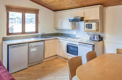 Last Minute Cottages - Attractive Warmwell Lodge S111125
