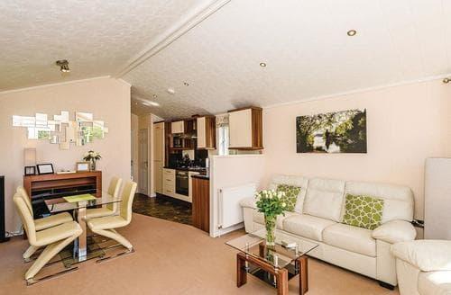 Last Minute Cottages - Charming Pooley Bridge Lodge S111149