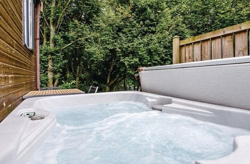 Last Minute Cottages - Cosy Aysgarth Lodge S111183