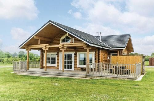 Last Minute Cottages - Stunning Hornsea Lodge S111238