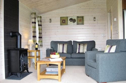 Last Minute Cottages - Captivating Wighill Lodge S111273