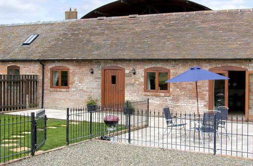 Last Minute Cottages - The Cow House