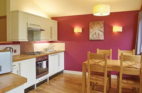 Last Minute Cottages - Cosy Sherwood Forest Lodge S111386