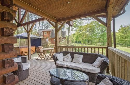 Last Minute Cottages - Lakeview Lodge