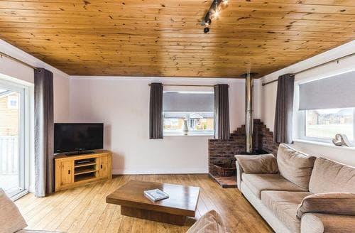 Last Minute Cottages - Excellent Hornsea Lodge S111441