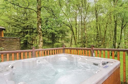 Last Minute Cottages - Charming Matlock Lodge S111507
