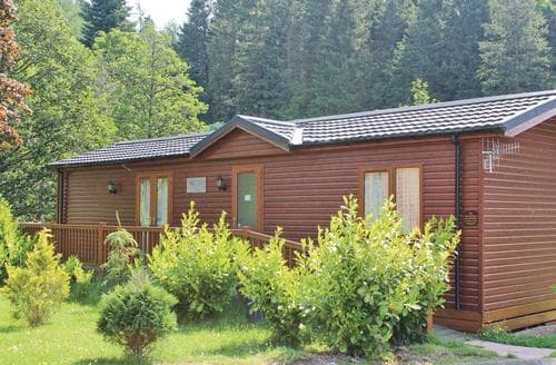 Last Minute Cottages - Luxury Cottonhopesburnfoot Lodge S111529