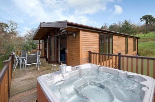 Big Cottages - Excellent Ashbourne Lodge S111576