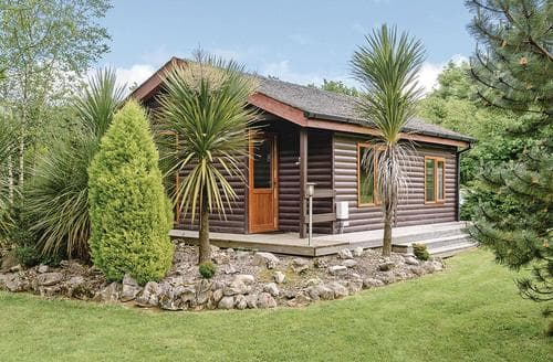 Last Minute Cottages - Wonderful Cartmel Lodge S111585