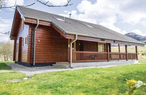 Last Minute Cottages - Luxury Whitebridge Lodge S111596