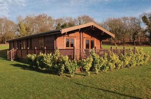 Big Cottages - Delightful Wenhaston Lodge S111726