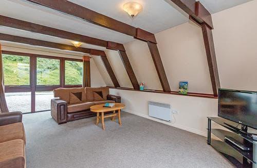 Last Minute Cottages - Delightful Lochgoilhead Lodge S111777
