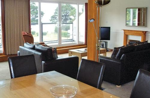 Last Minute Cottages - Gorgeous Lymington Lodge S111826