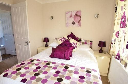 Last Minute Cottages - Wonderful Nr St Austell Lodge S111902
