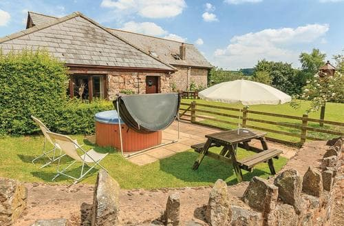 Last Minute Cottages - Gorgeous Holcombe Rogus Lodge S111934