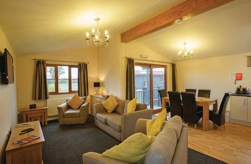 Last Minute Cottages - Adorable Darsham Lodge S111959