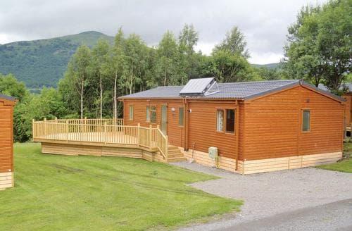 Last Minute Cottages - Attractive Alva Lodge S111972