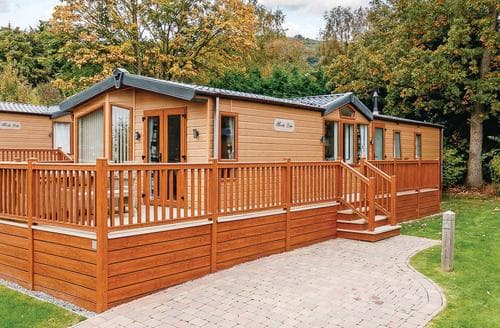 Last Minute Cottages - Beautiful Cheddar Lodge S112055