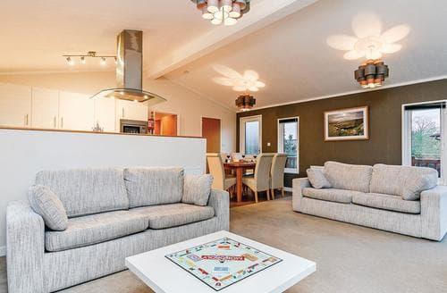 Last Minute Cottages - Exquisite Cheddar Lodge S112078
