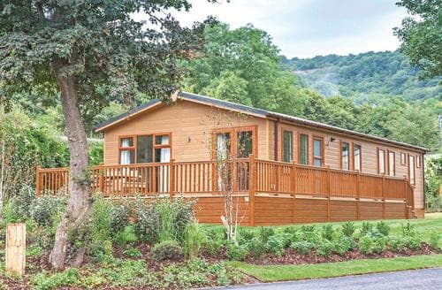 Last Minute Cottages - Delightful Cheddar Lodge S112091