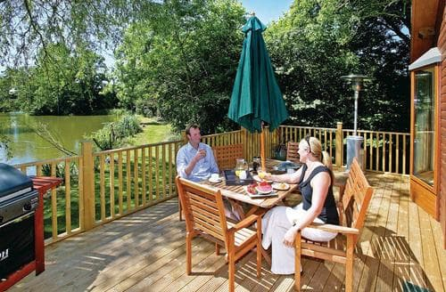 Last Minute Cottages - Lovely Cullompton Lodge S112142