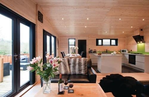 Last Minute Cottages - Charming Hopton Heath Lodge S112158