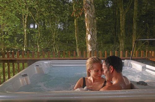 Last Minute Cottages - Luxury Micheldever Lodge S112202