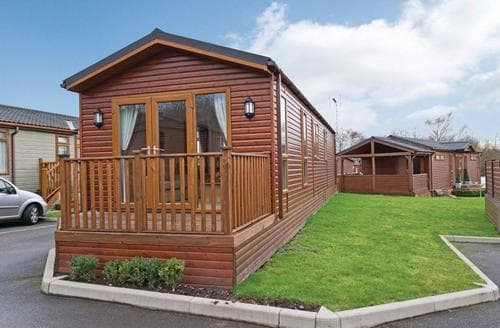 Last Minute Cottages - Charming Overseal Lodge S112248