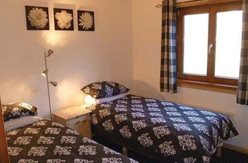 Last Minute Cottages - Luxury Henford Marsh Lodge S112262