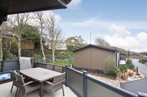 Big Cottages - Excellent Mullion Cove Lodge S112426