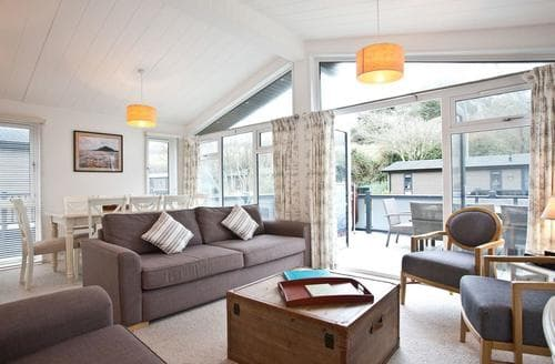 Big Cottages - Delightful Mullion Cove Lodge S112437