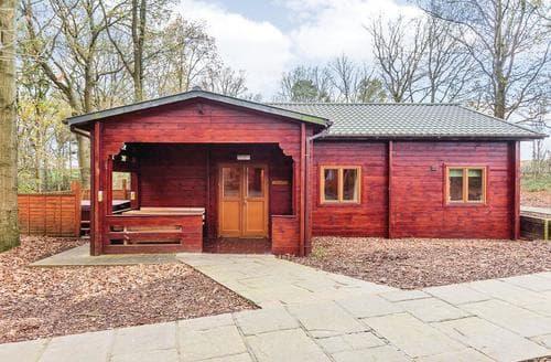 Big Cottages - Attractive Ellesmere Lodge S112459
