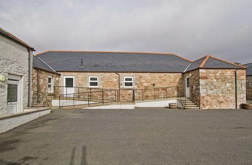 Last Minute Cottages - Quaint Gatehouse Of Fleet Lodge S112503