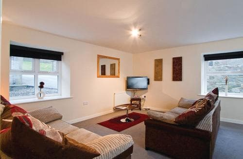 Last Minute Cottages - Luxury Gatehouse Of Fleet Lodge S112505