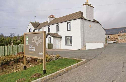Last Minute Cottages - Tasteful Gatehouse Of Fleet Lodge S112510
