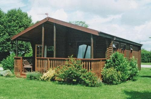 Last Minute Cottages - Inviting Urchfont Lodge S112548