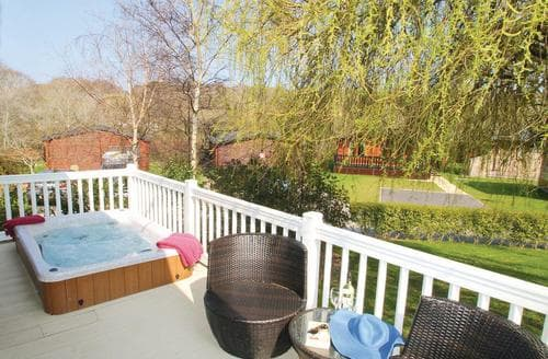Big Cottages - Excellent Milford On Sea Lodge S112565