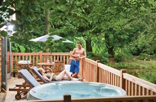 Last Minute Cottages - Exquisite Henlle Lodge S112609