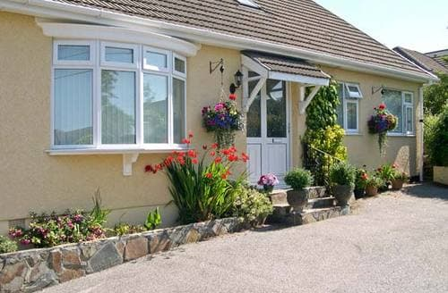Last Minute Cottages - Attractive Saint Austell Apartment S2243