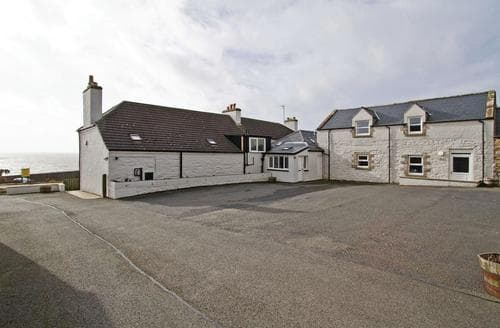 Last Minute Cottages - Luxury Gatehouse Of Fleet Lodge S112623