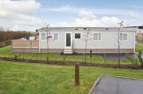 Last Minute Cottages - Stunning Newquay Lodge S112675