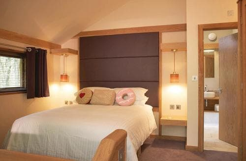 Last Minute Cottages - Delightful Sherwood Forest Lodge S112877