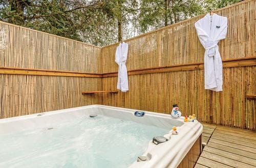 Big Cottages - Excellent Pooley Bridge Lodge S112898