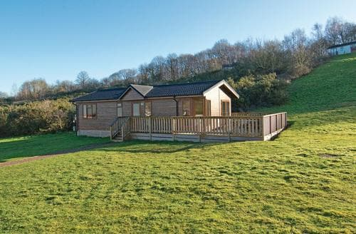 Last Minute Cottages - Quaint Woodham Walter Lodge S112956