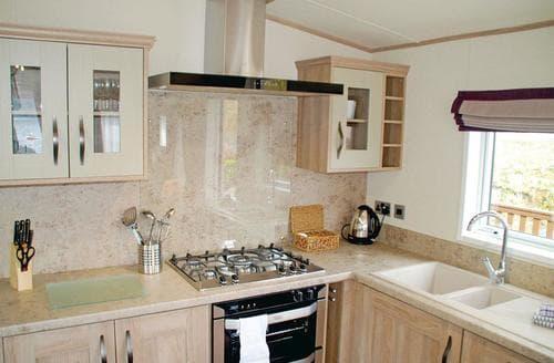 Big Cottages - Quaint Inveruglas Lodge S112959