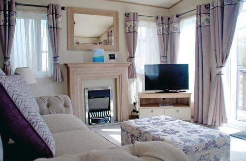 Big Cottages - Wonderful Inveruglas Lodge S112963
