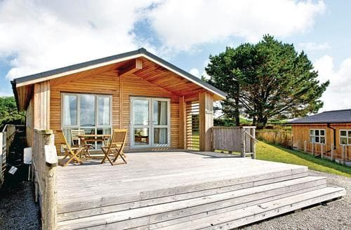 Last Minute Cottages - Attractive Carnmenellis Lodge S112971